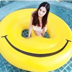 Friendly 0.25mm PVC inflatable Yellow Smile Face Float for Birthday Gift